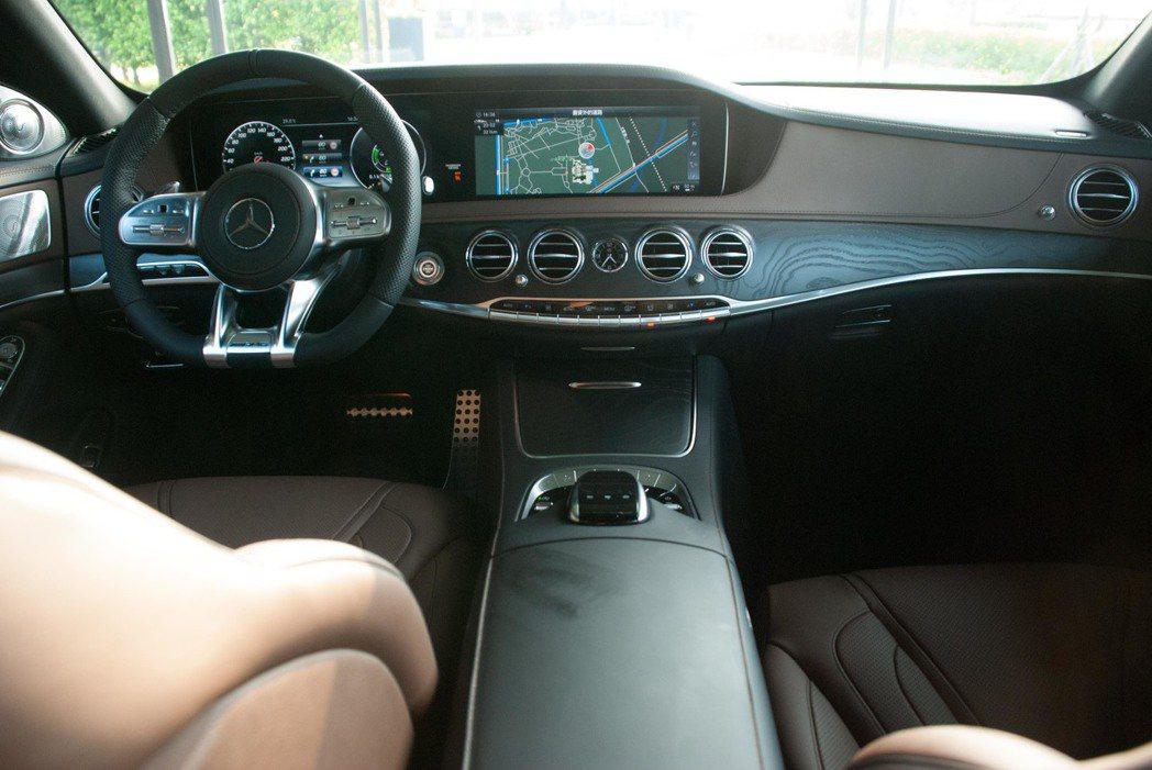 新Mercedes-Benz S-Class內裝。記者林昱丞/攝影