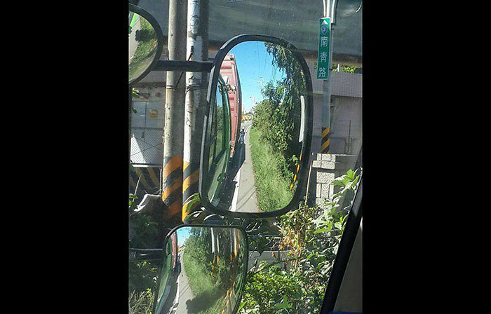 撞到人也無感?「駕駛視角圖」讓你秒懂為何要遠離大車!