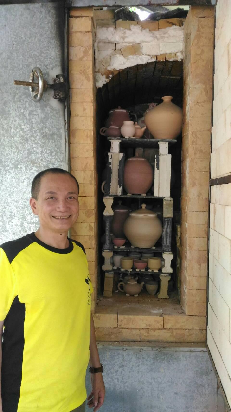 退休偵查佐玩陶藝玩出第一名 考上大學美術研究所
