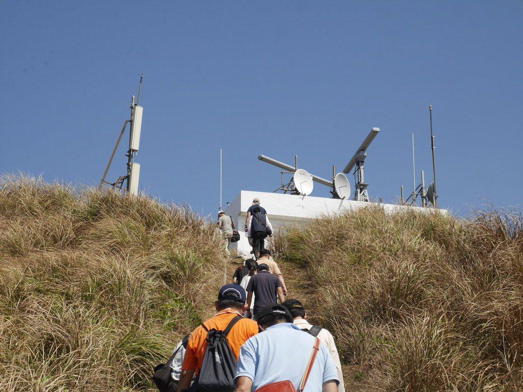 中央氣象局將在彭佳嶼建置岸基雷達,把基隆出海到馬祖將近200公里空白的海象資料補...