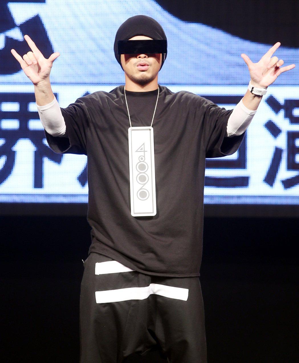 馬來西亞創作鬼才黃明志宣布「4896世界巡迴演唱會」開跑。記者侯永全/攝影