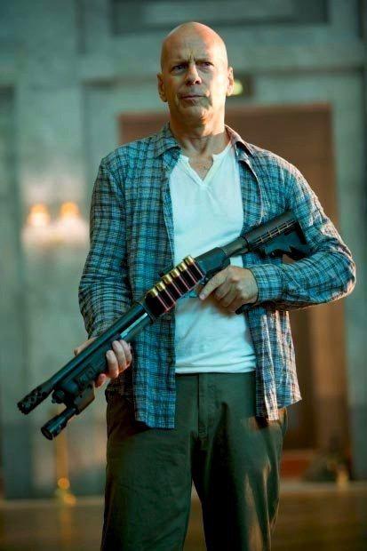 「終極警探」布魯斯威利還要繼續演出續集。圖/摘自imdb