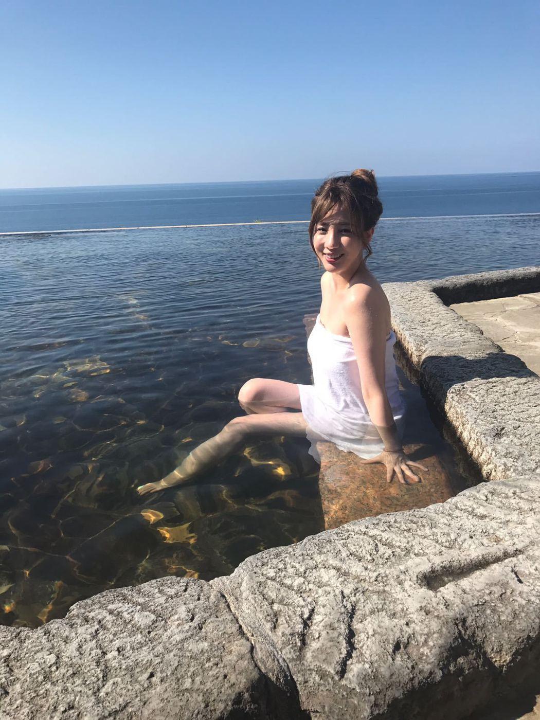 張艾亞受邀到日本鹿兒島拍外景。圖/將影娛樂提供