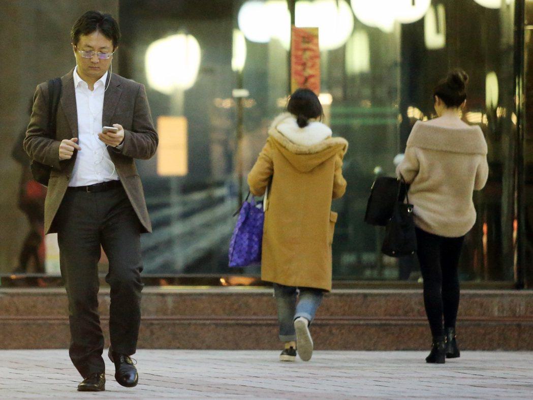 台灣社會對於老年人不友善,內政部長建議「租屋版的以房養老」。本報資料照/記者胡經...