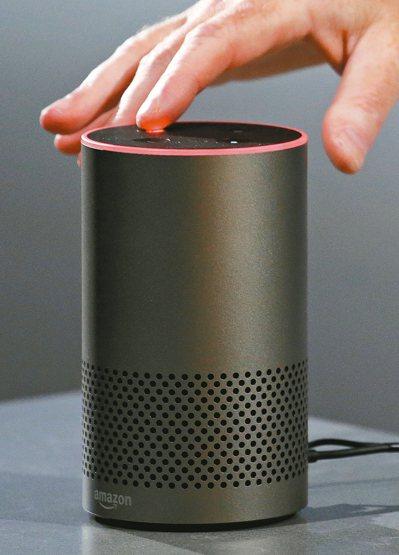 亞馬遜發表數位家庭裝置「Echo Plus」、「Echo Spot」,標榜以語音...