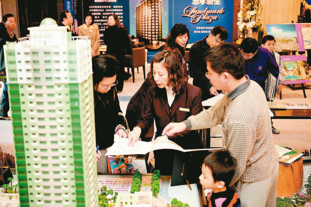 房地產回穩,銀行重新搶攻房貸市場;土地銀行目標今年全年房貸餘額較去年增加500億...