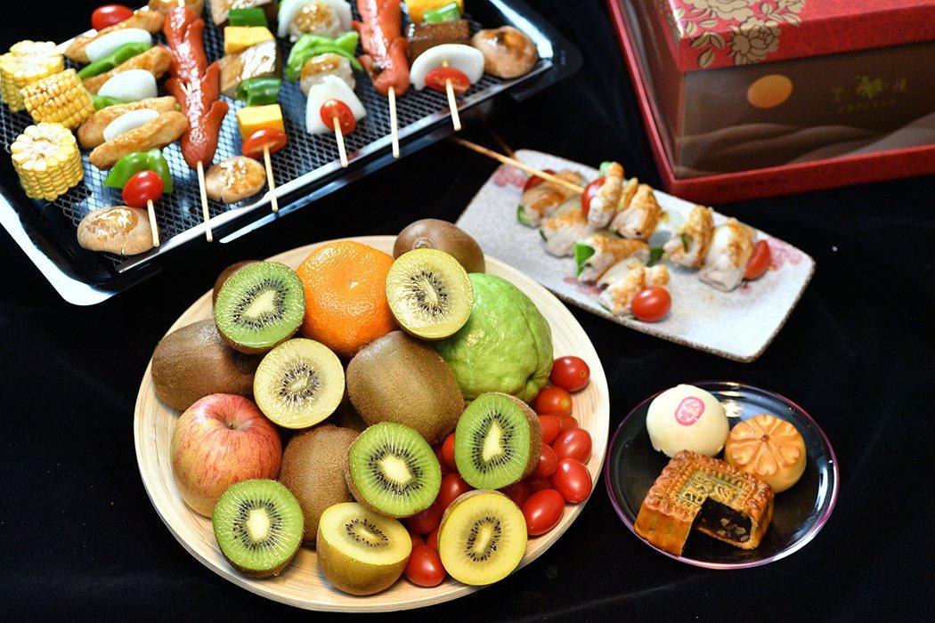 分食概念健康吃 中秋月圓人團圓。