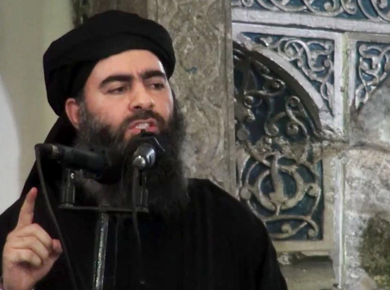 「伊斯蘭國」(IS)領袖巴格達迪2014年7月5日在摩蘇爾大清真寺發表談話。(美...