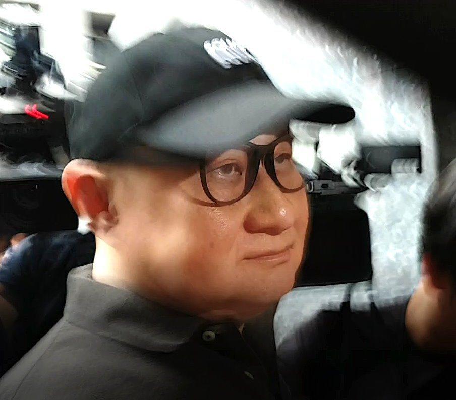 孫道存報到服刑。記者王宏舜/攝影