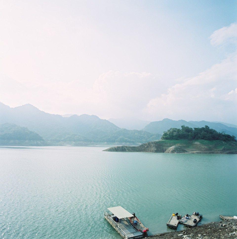 觀光局請阿根廷導演至曾文水庫等地拍攝微電影,行銷西拉雅風景區。圖/觀光局提供