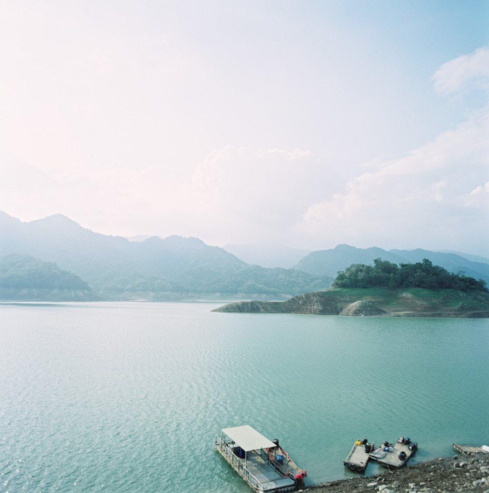觀光局請阿根廷導演至曾文水庫等地拍攝微片子,行銷西拉雅風景區。圖/旅行局供應