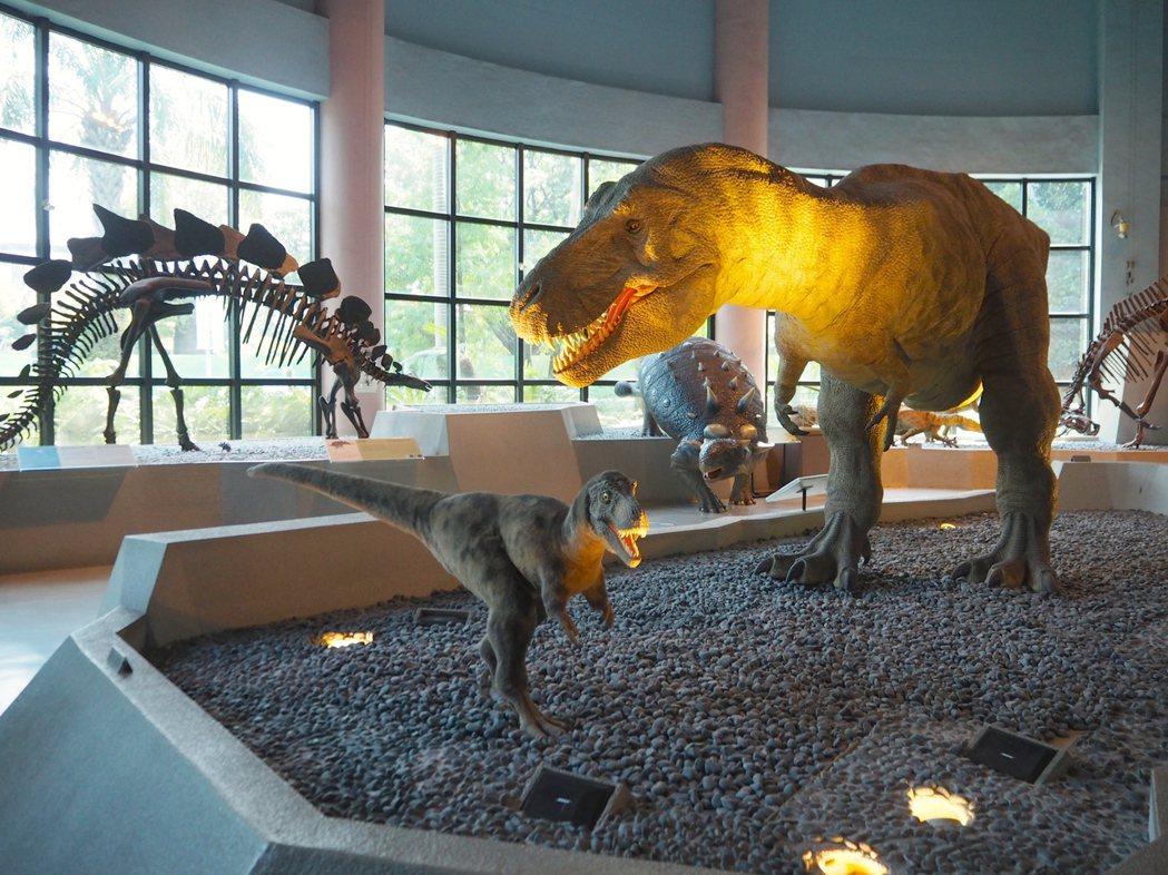 科博館的「恐龍」是六、七、八、九年級生歷久彌新的共同回憶。記者喻文玟/攝影