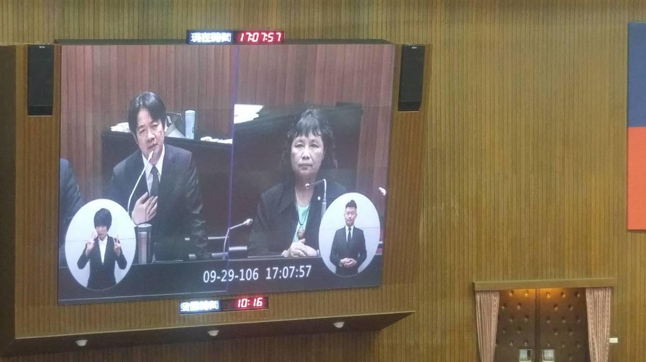 行政院長賴清德今(29)日在備詢中回應台積電確定設廠消息。圖/記者陳慶徽攝。