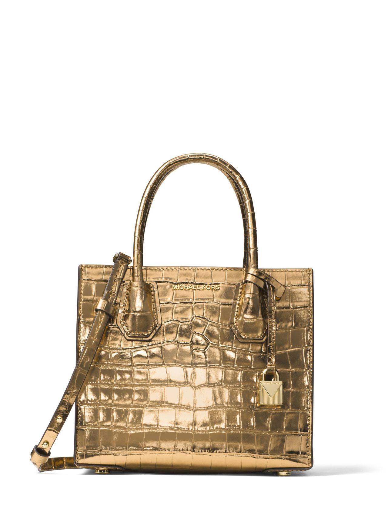 Mercer金色蛇紋小提包,售價17,800元。圖/MICHAEL KORS提供