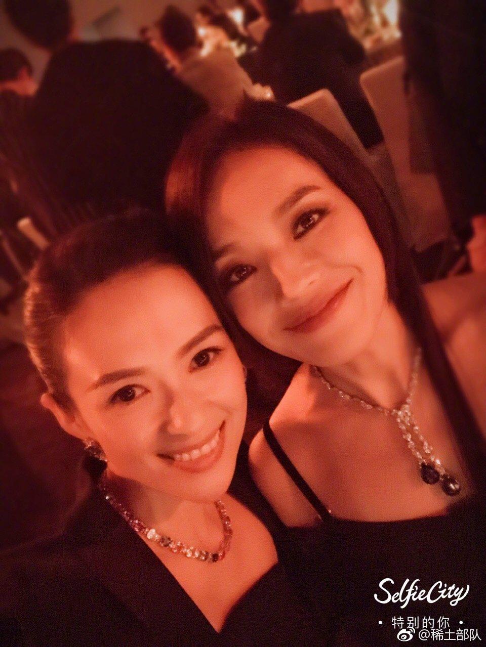 章子怡(左)與舒淇(右)是多年好友,微博貼合照宣告有望合作新片。圖/摘自微博