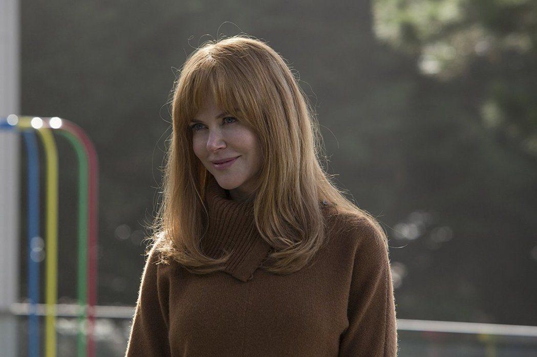妮可基嫚以「美麗心計」勇奪艾美獎。圖/摘自imdb