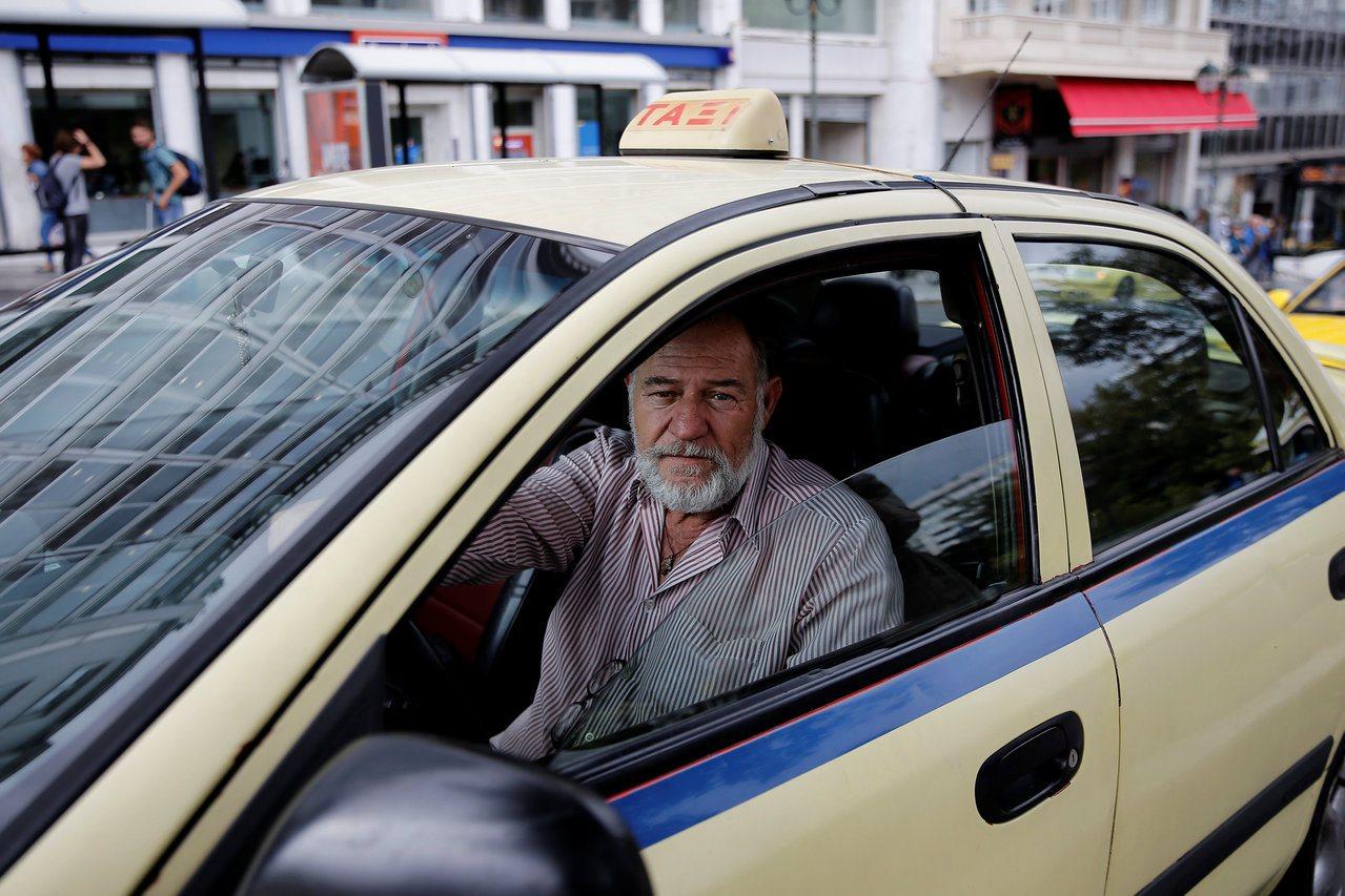 希臘的計程車司機。路透