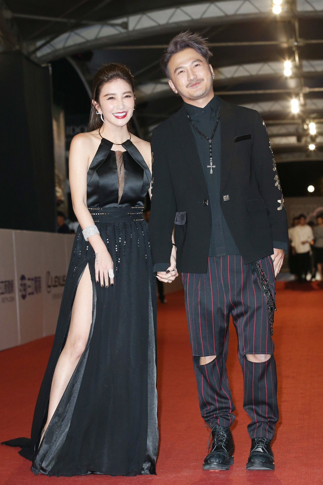 第52屆電視金鐘獎KID(林柏昇)(右)與許維恩走星光大道。記者陳立凱/攝影