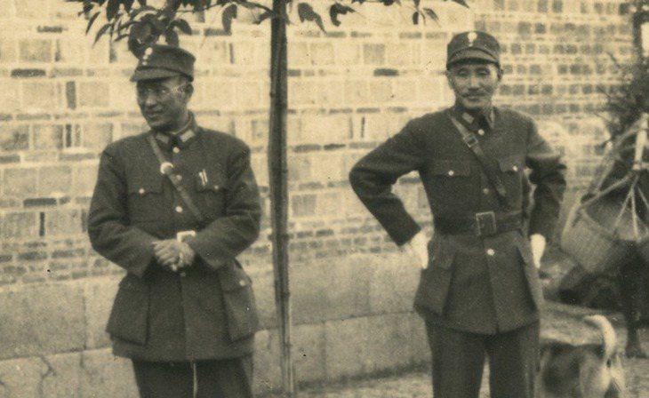 蔣介石(右)與白崇禧(左)曾是至交,圖為蔣介石訪白崇禧桂林家鄉。 圖/胡佛檔案館...