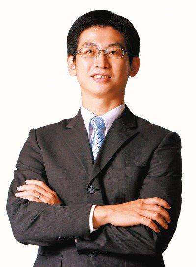 元大期貨協理陳昱宏表示,近期市場對國際經貿與地緣政治的緊張情緒有所淡化,美股財報...