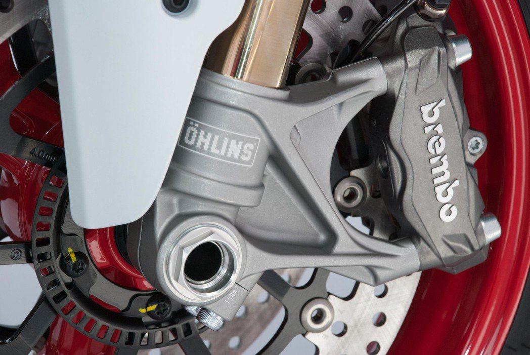 Ducati SuperSport S煞車系統與前叉。記者林昱丞/攝影