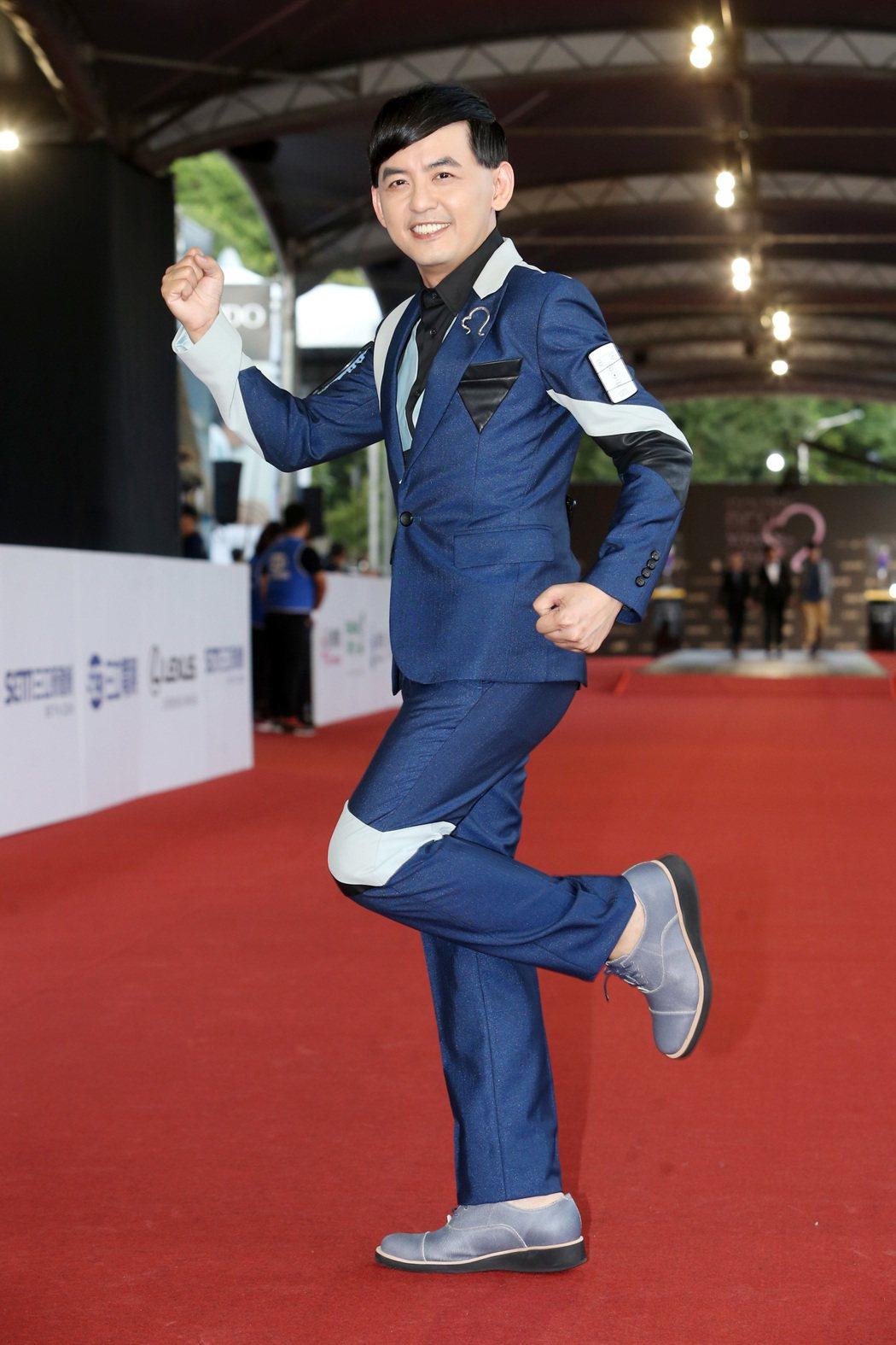 第52屆電視金鐘獎主持人黃子佼。記者黃威彬/攝影