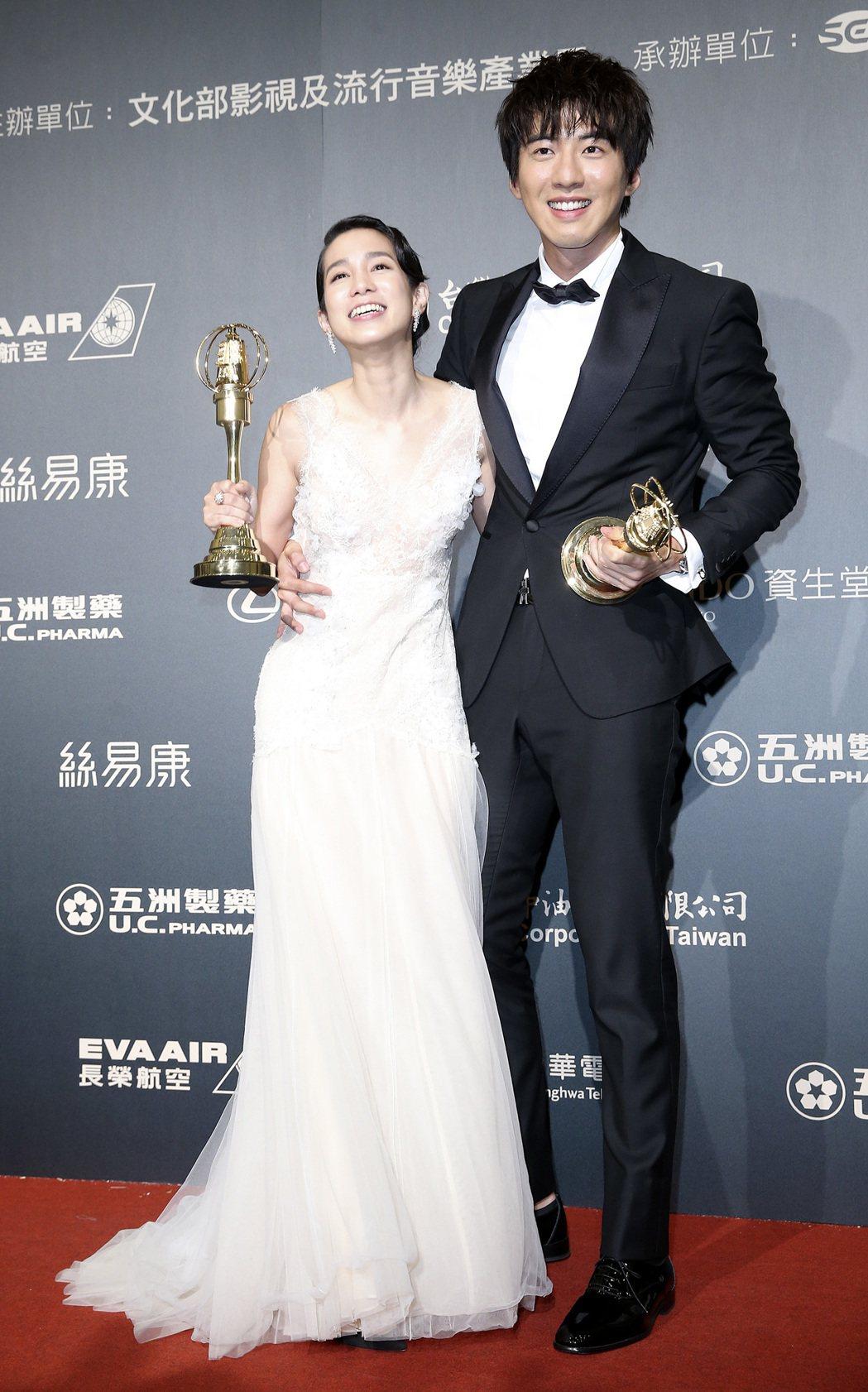 第52屆金鐘獎迷你劇集/電視電影男女主角傅孟柏、温貞菱。記者鄭清元/攝影