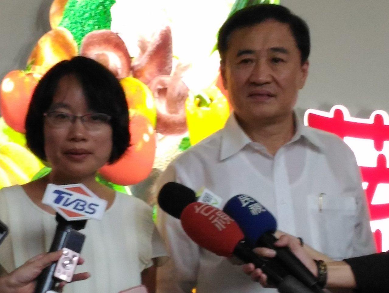 台北農產公司董事長陳景峻及總經理吳音寧。 記者莊琇閔/攝影