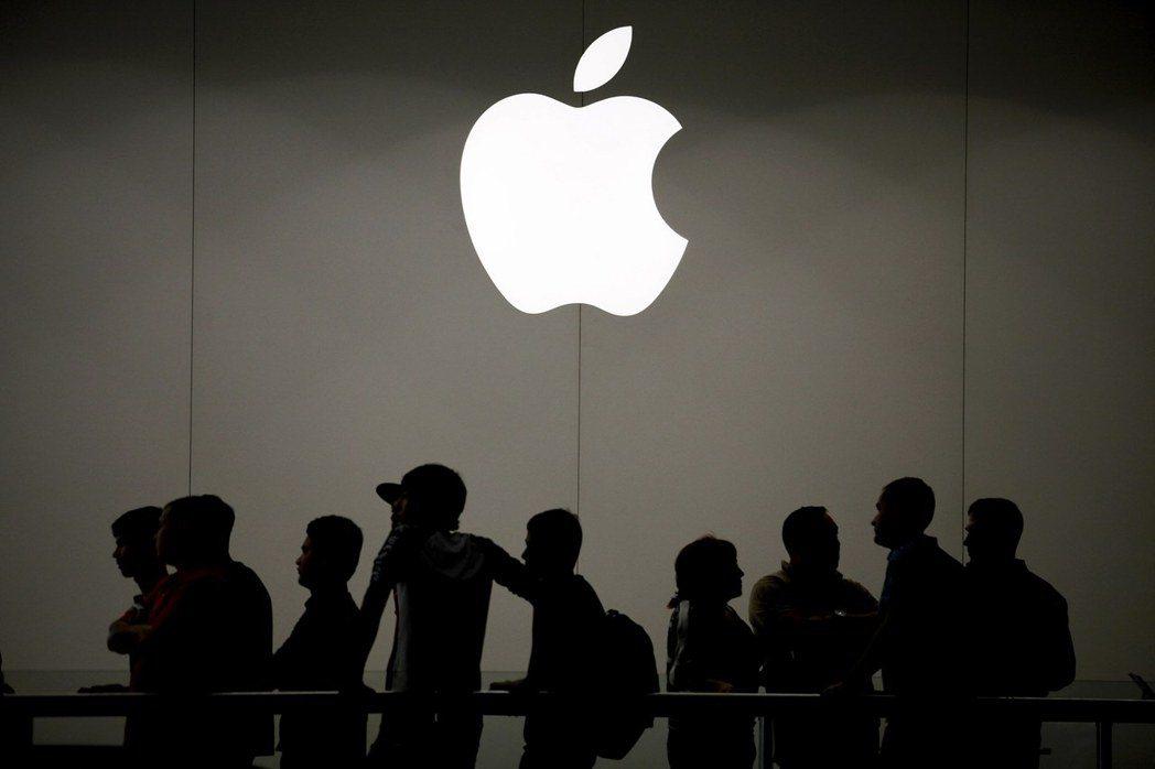 蘋果公司(Apple)自從十二日發布iPhone X、iPhone 8等最新產品...