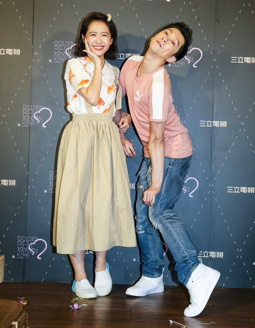 Lulu(左)和陳漢典(右)主持的「綜藝大熱門」今年錯失金鐘。記者鄭清元/攝影