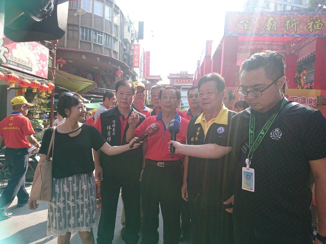 板橋慈惠宮主委江清秀表示,『這次湄洲媽祖來台灣,盛況空前,北台灣百年來從來沒有這...