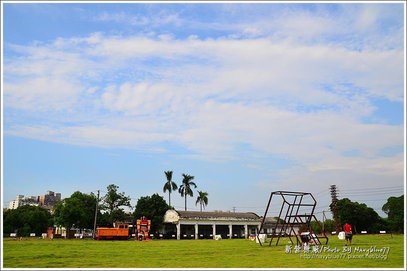 ↑地景藝術節在內燃機車庫前的大草皮展開。