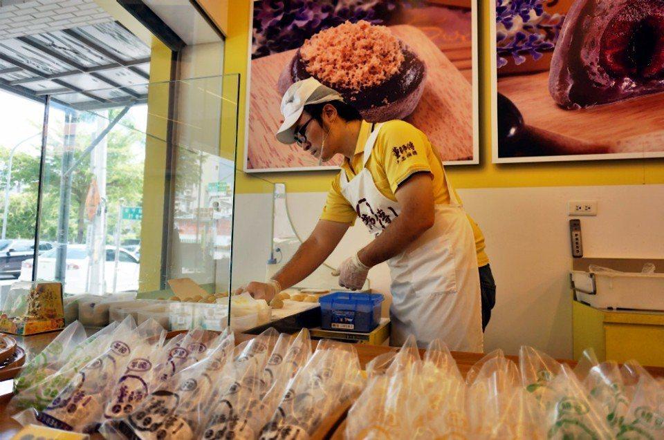 紫米麻糬是董師傅最大的特色。(攝影/林郁姍)
