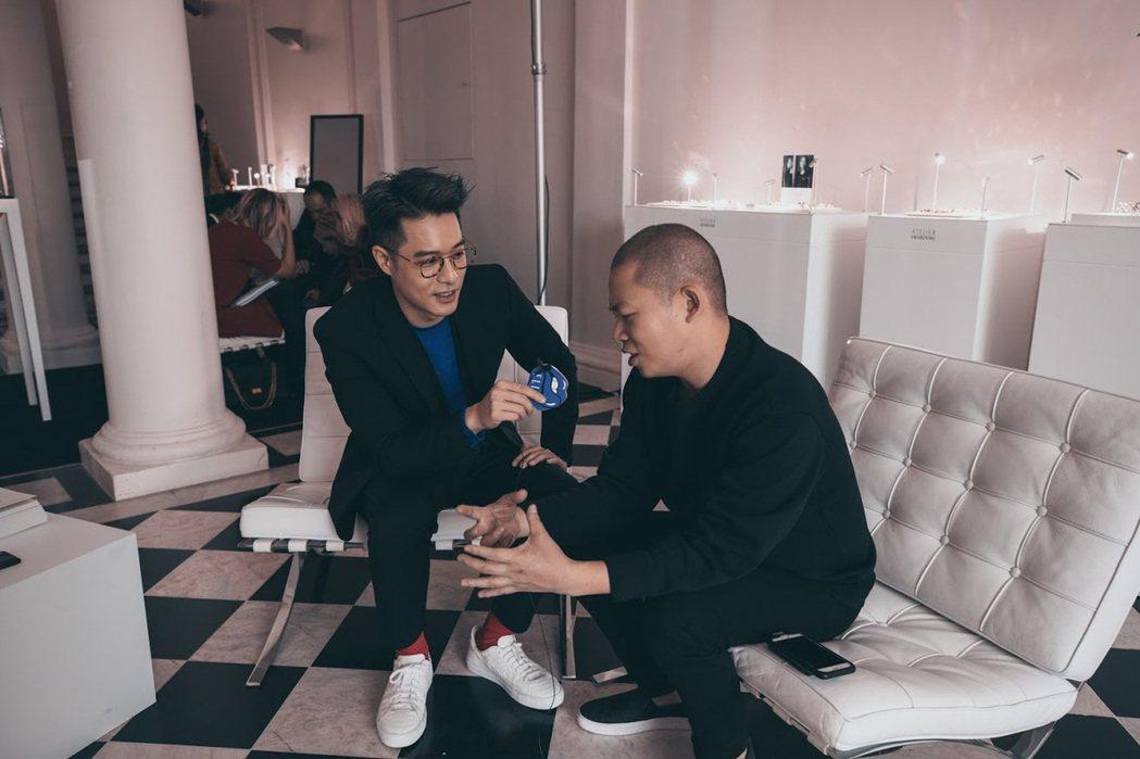 周湯豪(左)與吳季剛。圖/天熹娛樂提供