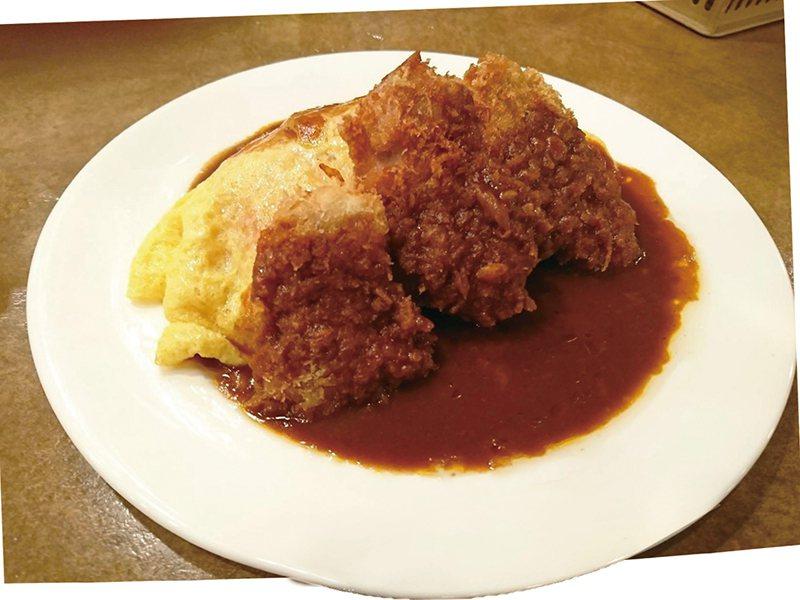 炸豬排多明格拉斯歐姆蛋包飯300元/份/在日本朝日電視台「SmaSTATION」...
