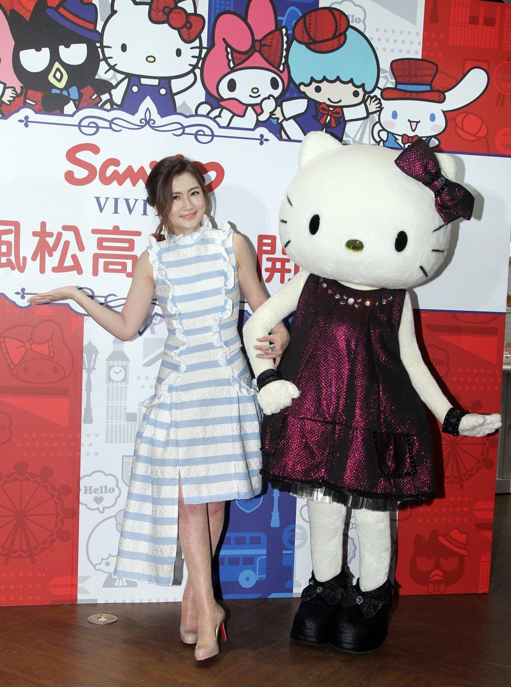 Selina 5日出席日系品牌一日店長活動。記者梅衍儂/攝影