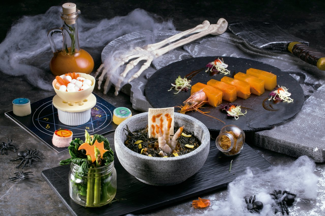 巫飯極樂套餐。