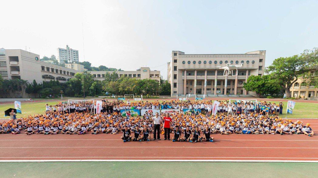 第九屆YAMAHA CUP足球校園巡迴活動參與人數達到歷史新高1,971人。圖/台灣山葉提供
