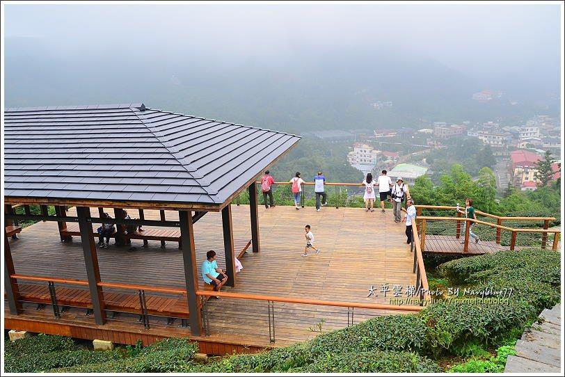 ↑第二座涼亭是俯瞰太平村落風光最佳位置。