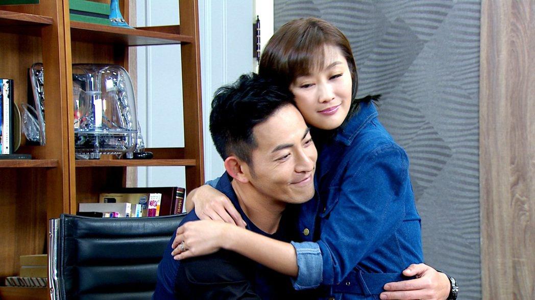 陳珮騏(右)和趙駿亞在「一家人」中戲份精彩  圖/三立提供