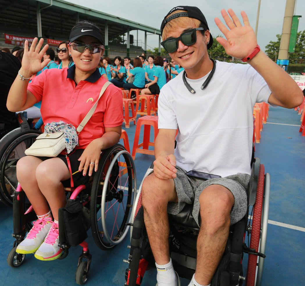 永達盃第一屆高雄國際輪椅網球公開賽今天展開,參賽者成績將列入國際網總世界排名。這...