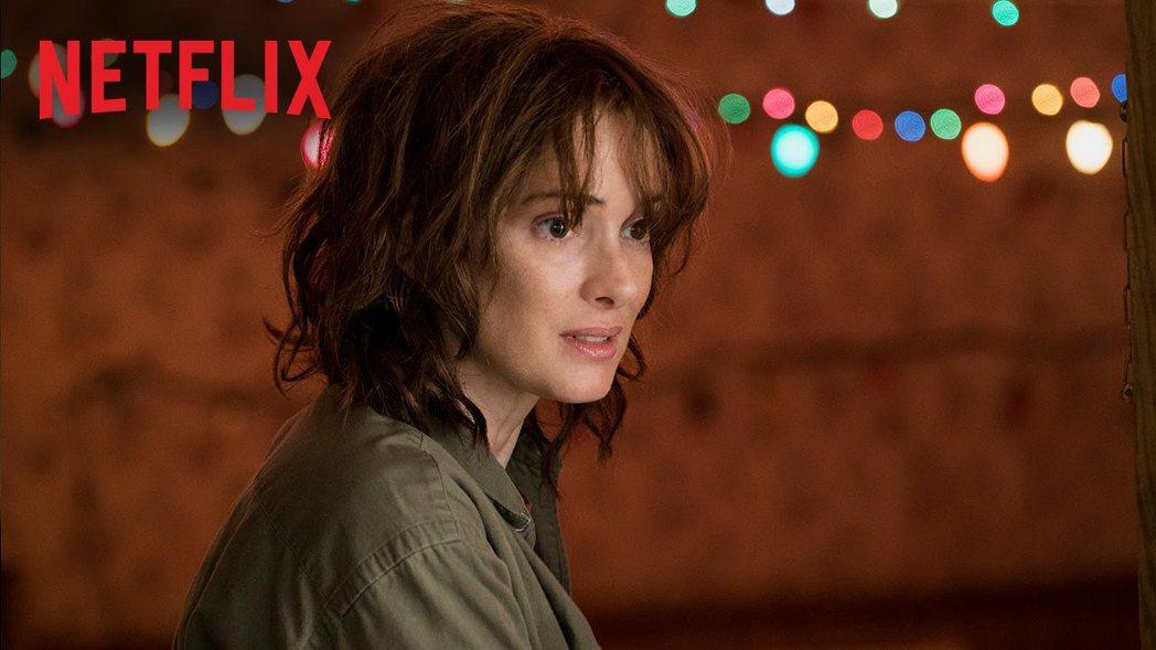 「怪奇物語」讓薇諾娜瑞德事業從谷底回升。圖/摘自Netflix
