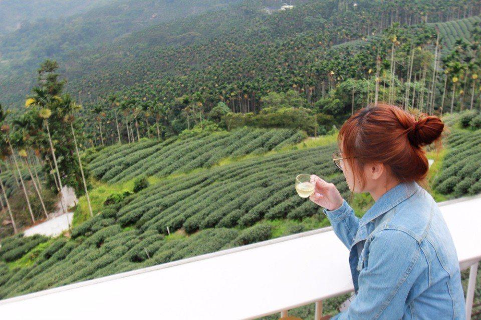 草本傳奇的下午茶風光。(攝影/陳德偉)
