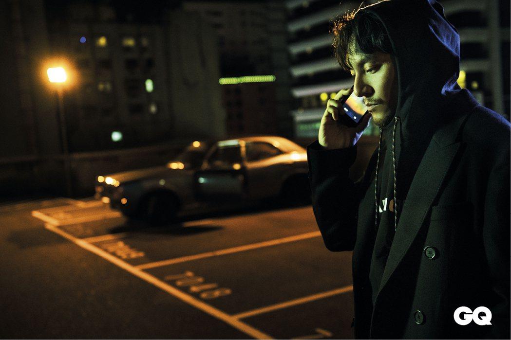 張震近期拍攝電影「龍先生」,接受雜誌訪問也呈現同樣的fu。圖/GQ雜誌提供