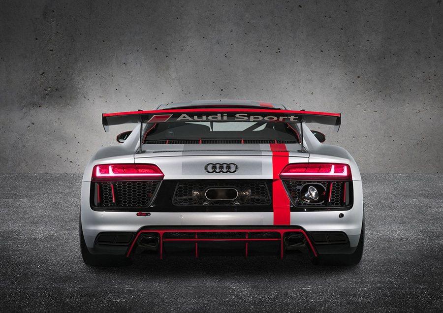 Audi提供