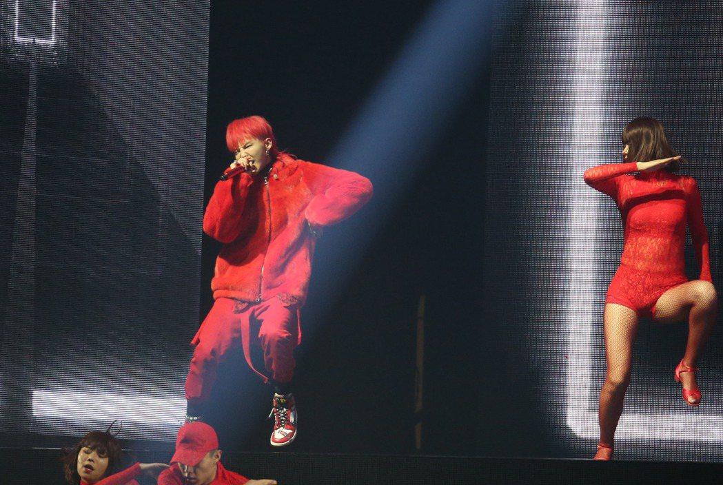 韓星G-DRAGON來台開唱。記者陳瑞源/攝影