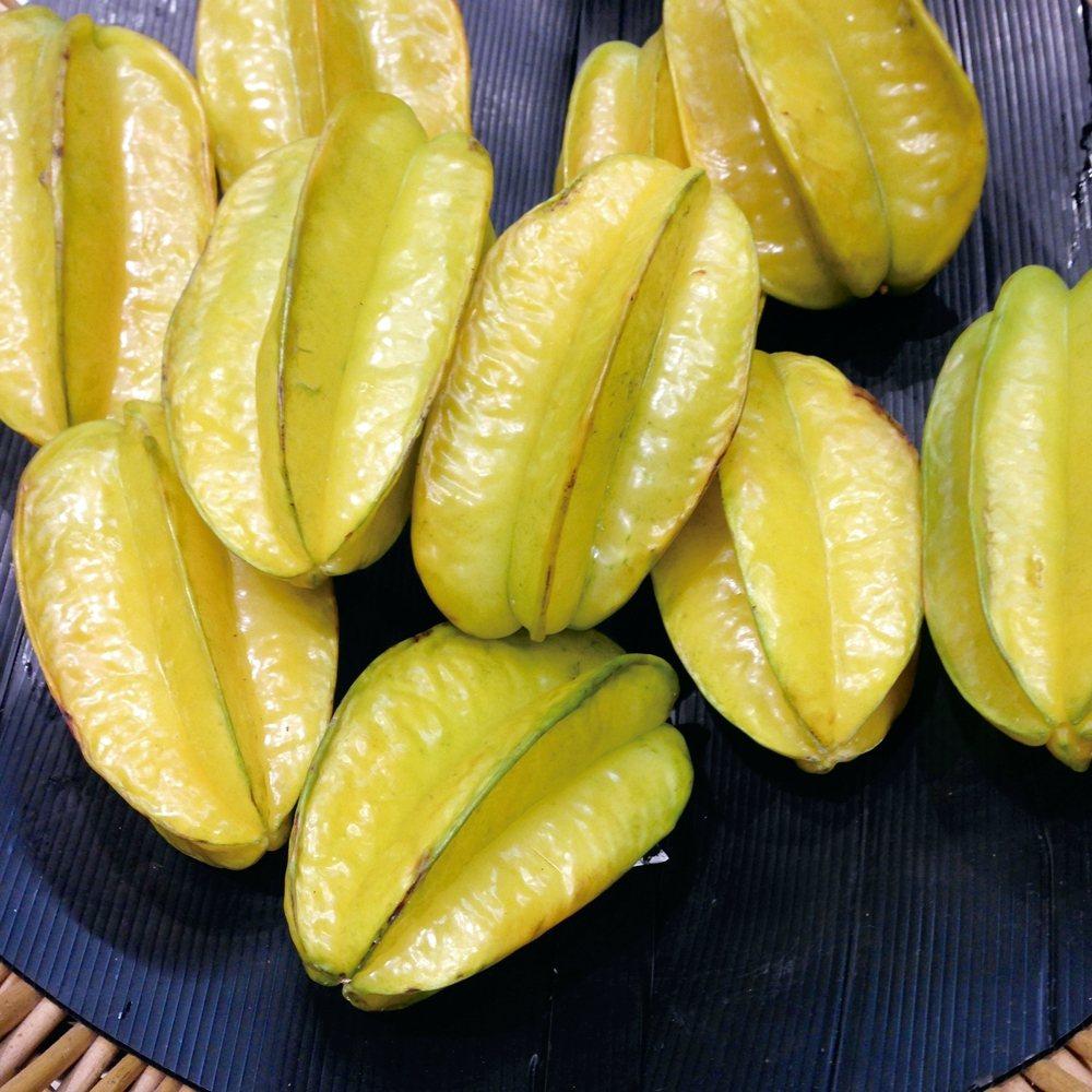 酸梅、楊桃在製成飲品時,會使用兩種成分的醃漬物,本來就會添加鹽分,以楊桃汁為例,...