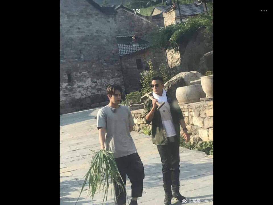 黃仁德(左)很感謝吳彥祖等前輩的照顧。圖/天熹娛樂提供