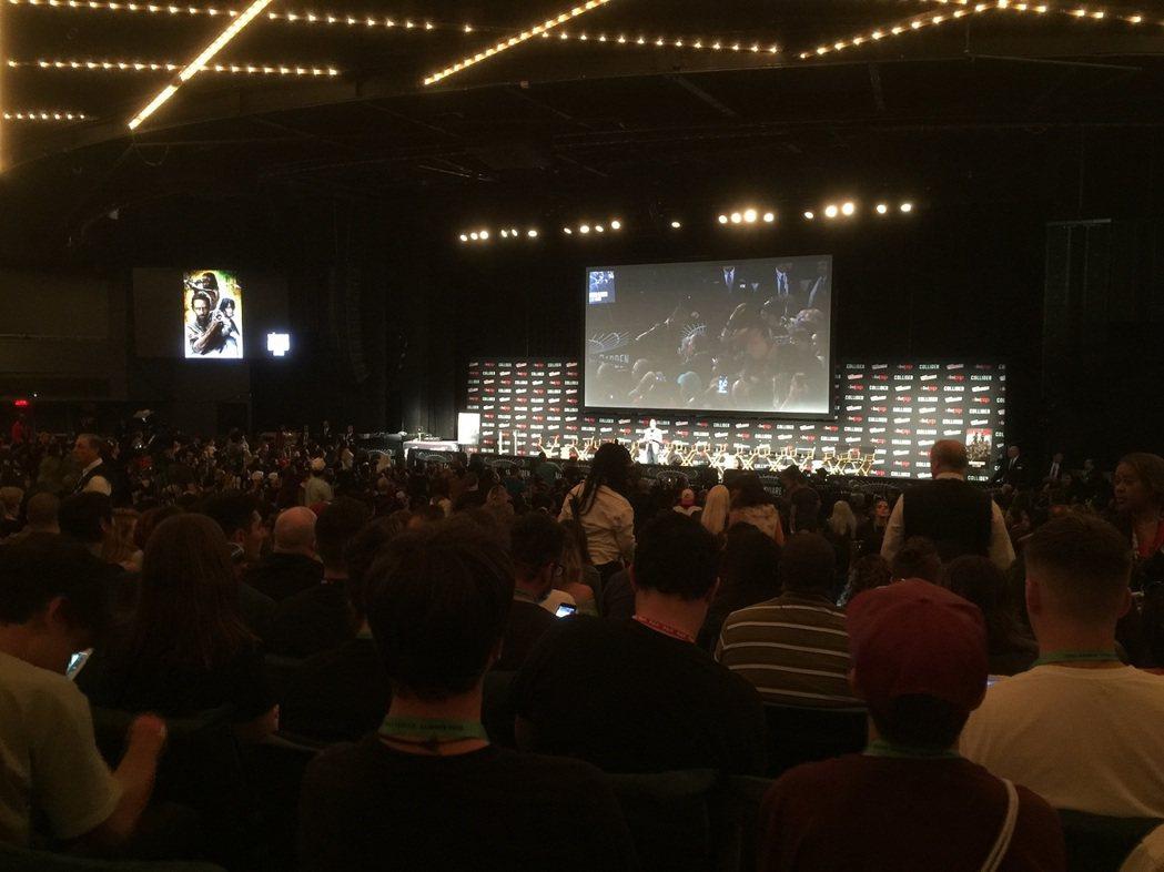 「陰屍路」百集慶祝活動吸引超過5000位粉絲參與。記者蘇詠智/攝影