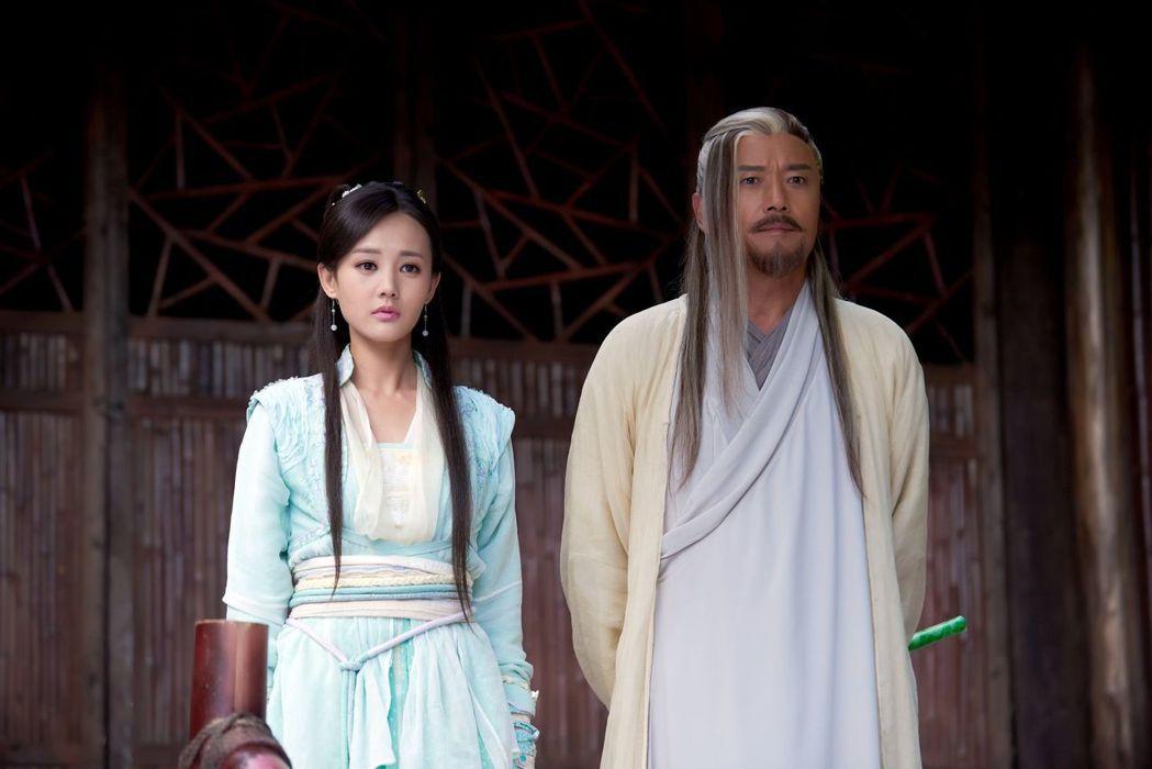苗僑偉、李一桐飾演父女,戲中有不少對手戲。圖/中天提供